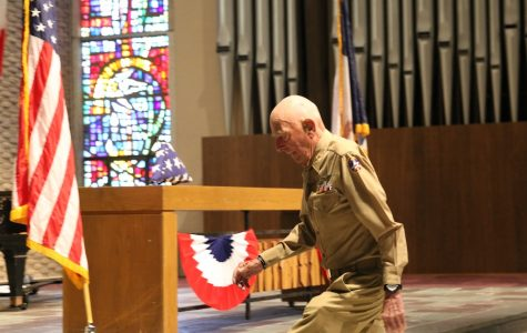 Retired Capt. Jerry Yellin keynotes 2016 Veterans Day ceremony