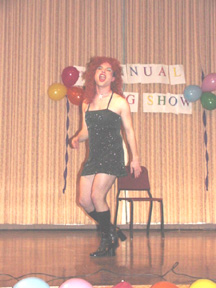 2002 Drag Show showcases students' creativity and sense of style