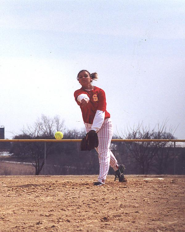 Softball goes 2-1 in home field tournament