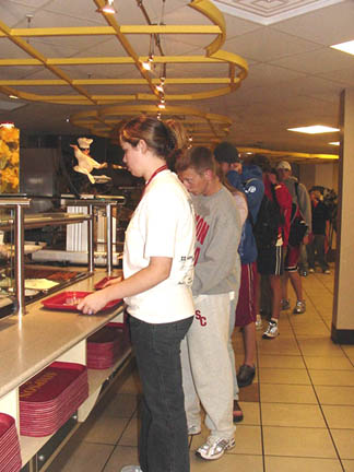 Long lunch lines irritate students