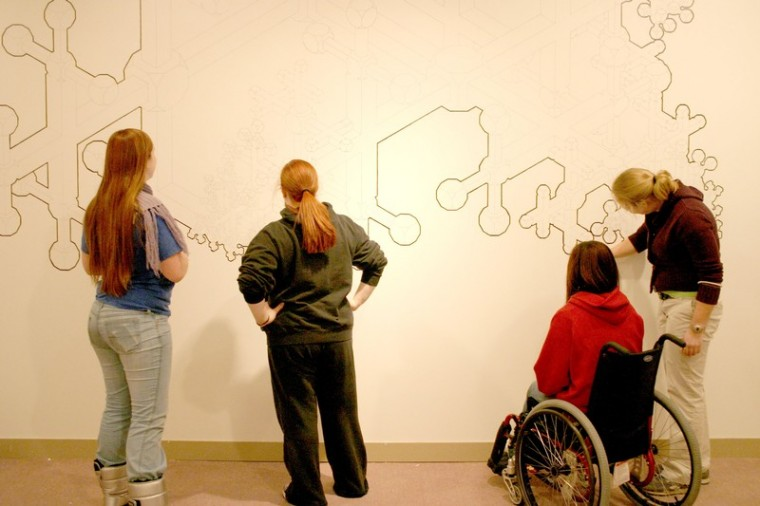 The+drawing%27s+on+the+wall