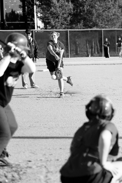 Softball team is showing signs of contending