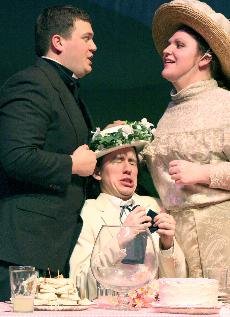 Comedic+opera+to+take+stage+at+Simpson