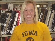 Native Iowan balances volunteering, athletics