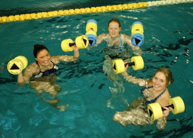 Water+aerobics+makes+a+splash