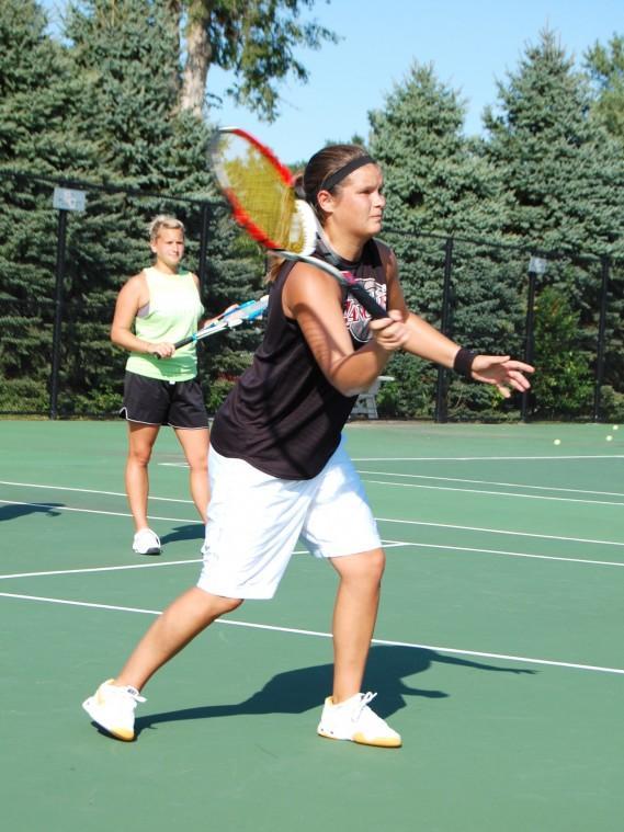Women%27s+Tennis+Off+to+a+Steady+Start