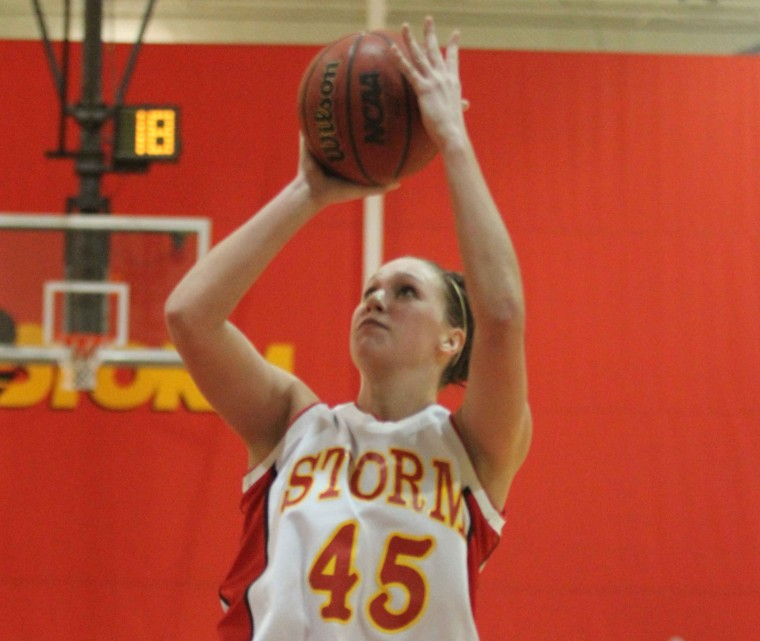 Storm collects victories on road