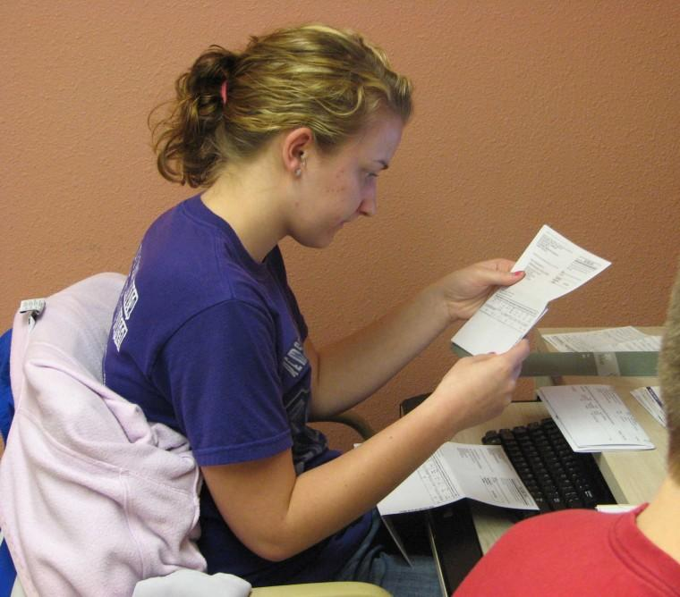 Accounting students help VITA