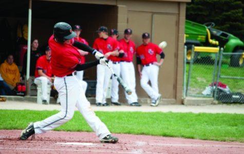 Simpson baseball wins 2-1 against Cornell in tough IIAC