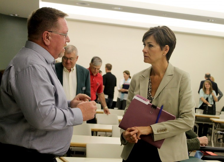 Iowa Lieutenant Governor visits Simpson, talks STEM