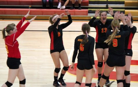 Volleyball blanked by Loras 3-0 on Beat Cancer Night