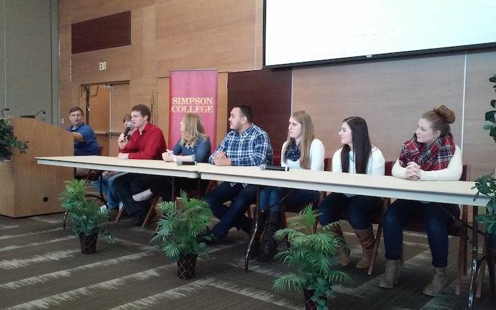 New course explores Latino life in Iowa