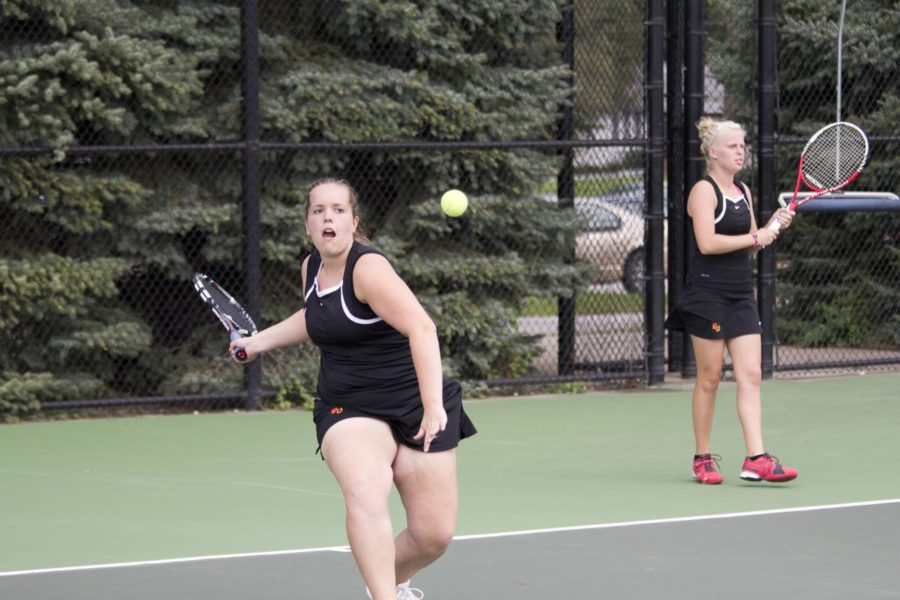 Women's tennis blanks Buena Vista