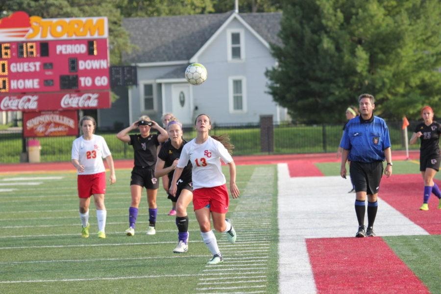 Women's soccer swoops in for road win at UW-Platteville