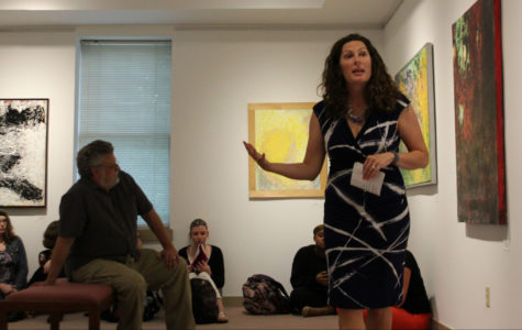 Anna Pagnucci discusses abstract work in Farnham Galleries