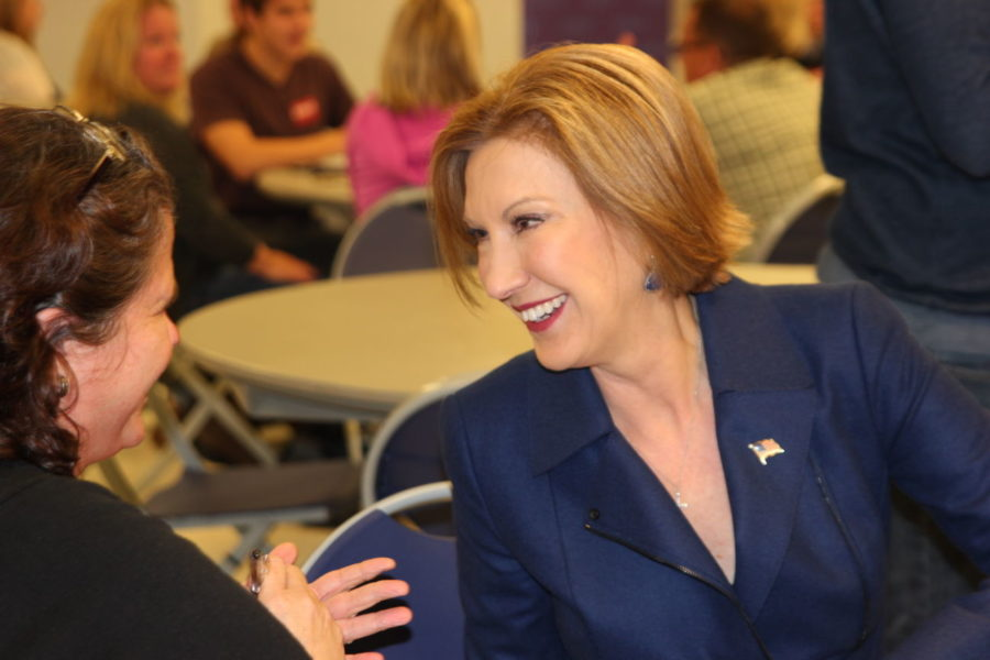 Republican presidential hopeful treats Indianola with Halloween visit