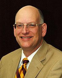 President Simmons: Academic dean retires