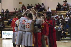 IIAC opener unkind to men's and women's basketball