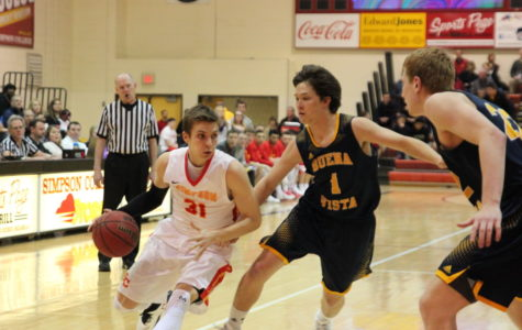 Men's and women's basketball make early exits from IIAC tourney