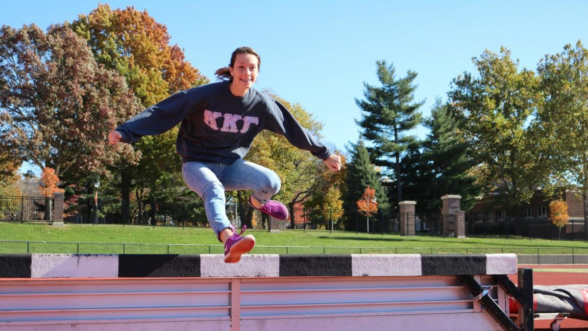 Senior Morgan Moline loves her Simpson experience by balancing her academics, sorority Kappa Kappa Gamma and running for the cross country and track teams. Her teammates and sisters help her keep sane with her life. (Photo: Jayde Vogeler, Photography Editor/The Simpsonian)