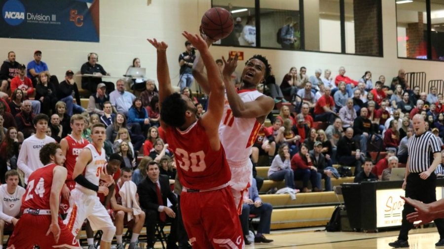 Dutch dump Storm 76-66 in IIAC Tournament opener