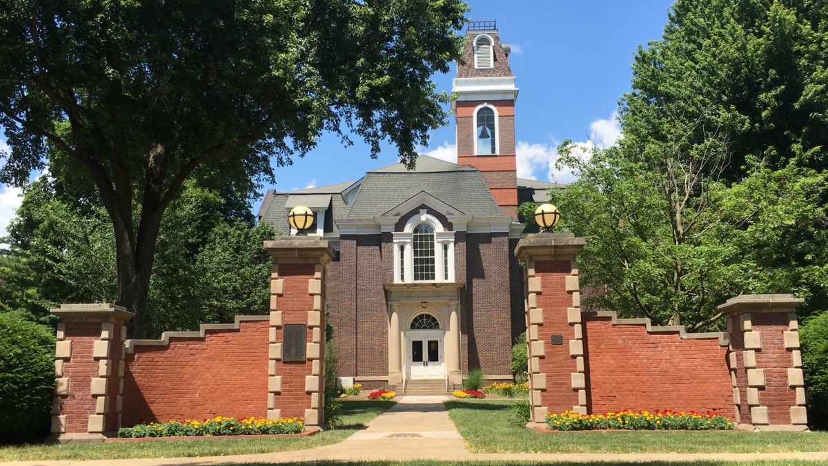 Editorial response: Why stay at Simpson College?