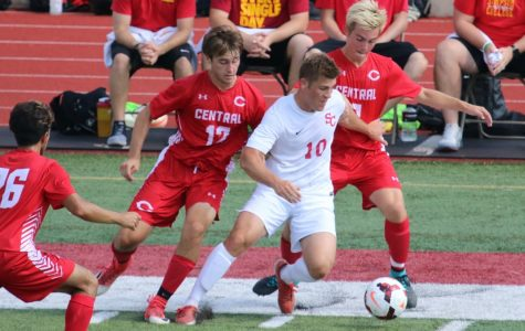 Storm men's soccer team remain unbeaten, hungry for more