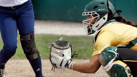 First female Gold Glove winner will speak to Simpson softball