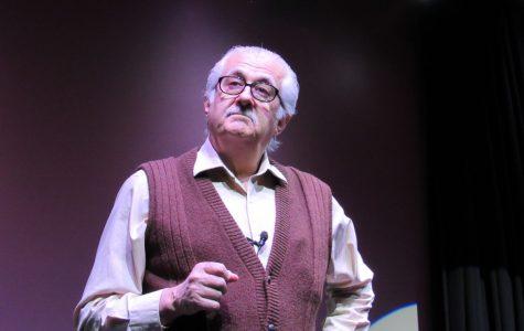 Iowa actor portrays famous Des Moines Register cartoonist, conservationist