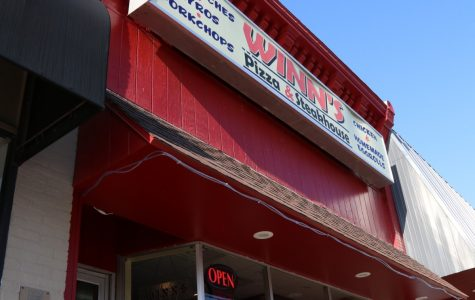 Winn's Pizza and Steakhouse: family-friendly service and a little bit of everything