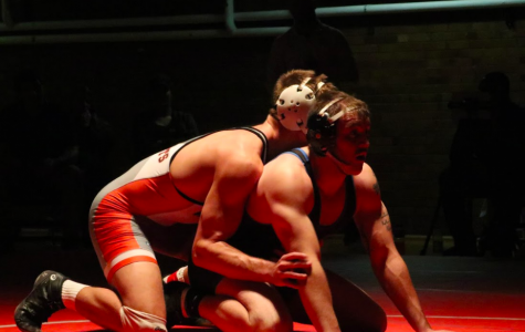 Young team looks to revitalize Simpson wrestling