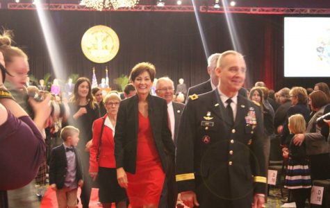 Reynolds sworn in as Iowa's first female governor
