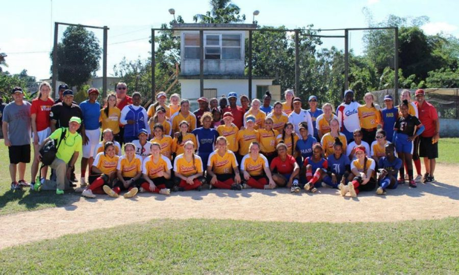 Simpson+College%27s+softball+team+traveled+to+Cuba+over+winter+break%2C+where+they+did+volunteer+work+and+faced+off+against+a+Cuban+softball+team.+Courtesy+of+Simpson+Softball