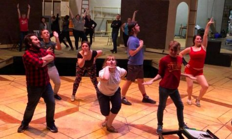 """Kiss Me, Kate"" unites music, theatre"