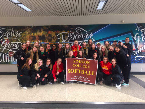 Simpson softball and baseball compete over break