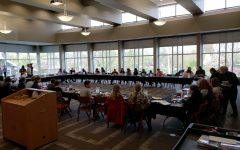 Simpson College Interfaith hosts Seder meal
