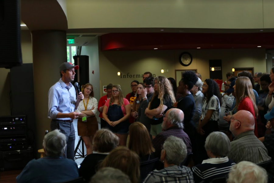 Beto O'Rourke visits Simpson College – The Simpsonian