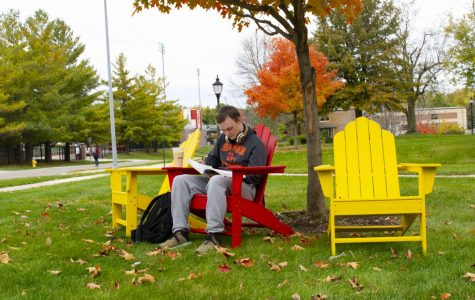 SGA spends $10,000 on new outdoor chairs around campus