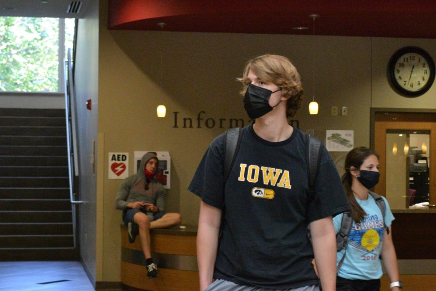 CMT decided on Oct. 1 that they will not be changing the current mask policy.